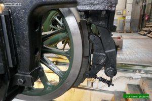 P1030229 300x200 Préparation des bogies du tender